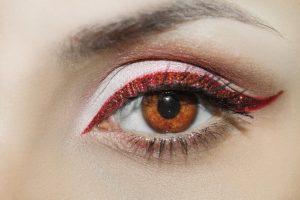 Mörka ringar under ögonen – 10 saker du kan göra mot mörka ringar ... 8081e4f3e58e4